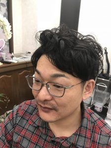愛知県春日井市の美容室 refresh
