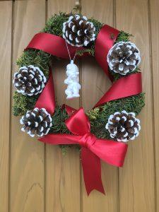 クリスマスリース作りました。